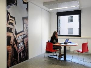 Poste coworking lyon champagne mont d or team business centers